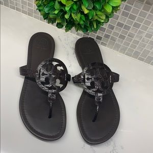 Tory Burch LIKE NEW Miller Flip Flop (worn once)